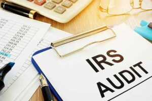 When to Hire a Tax Attorney Missouri